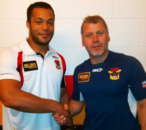 Bradford Telegraph and Argus: New Bulls coach Jimmy Lowes welcomes loan winger Danny Williams on board