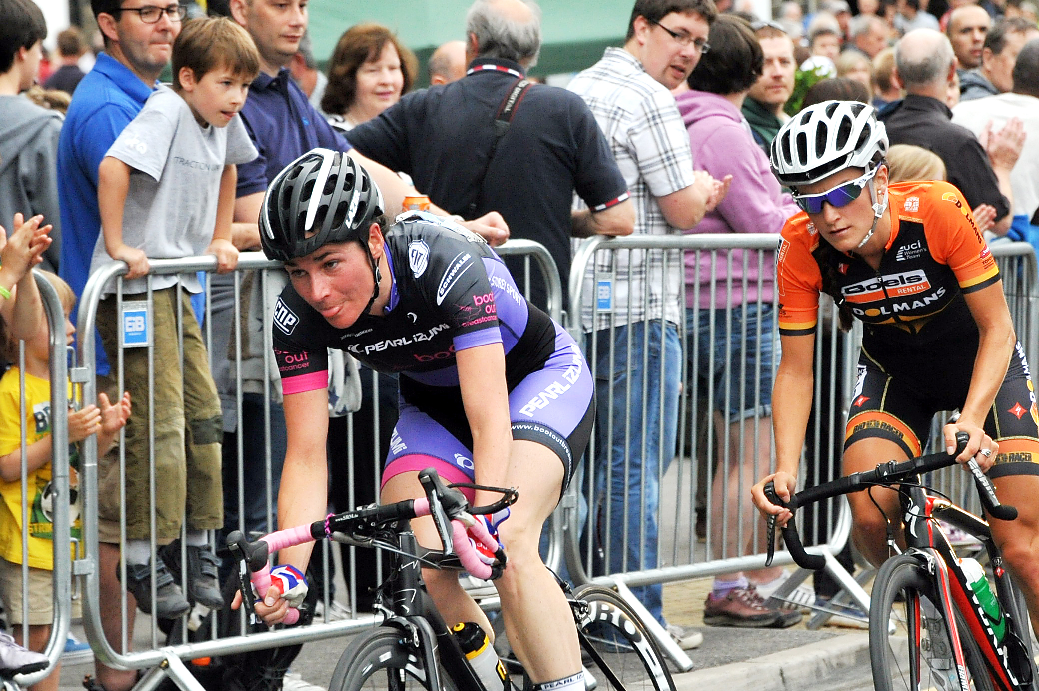VIDEO: Otley cycling fans thrilled by Lizzie Armitstead race victory ahead of Grand Depart