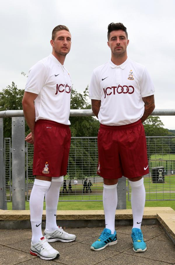 Summer signings Gary Liddle, left, and Alan Sheehan show off the new Bradford City away kit