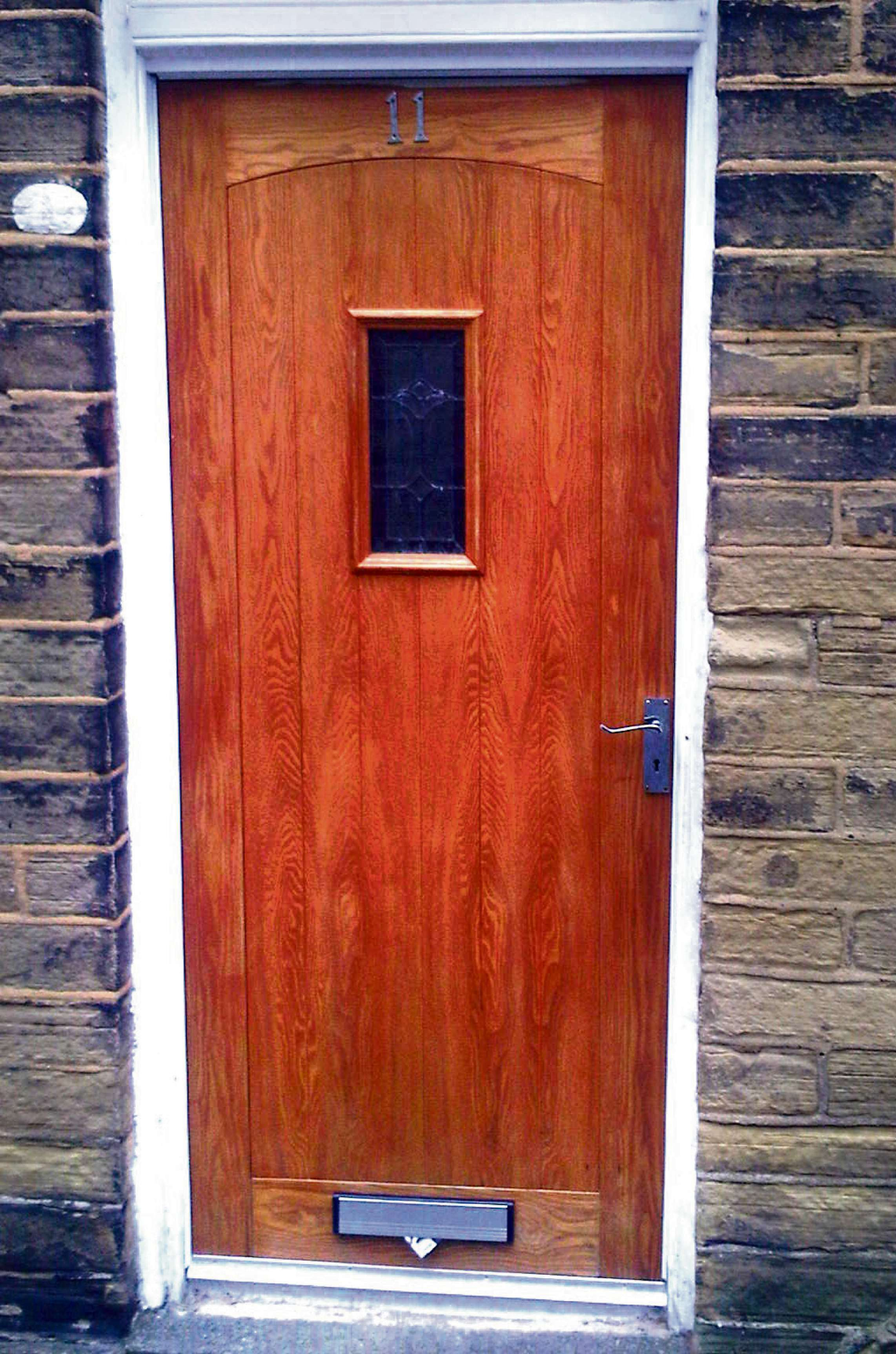 Enforcement warning by Council as it cracks down on 'rogue' front doors fitted to homes in historic Saltaire