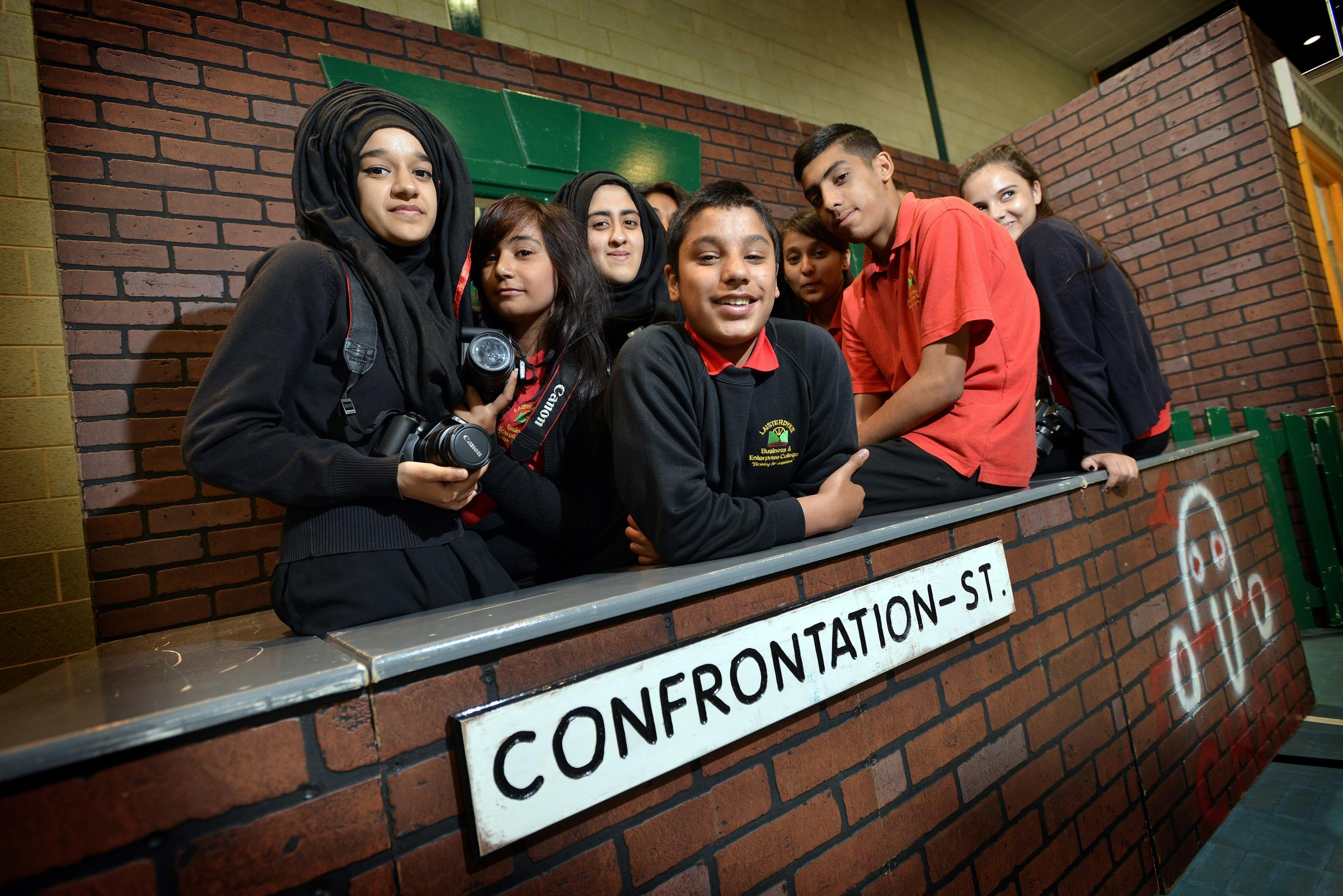 Reformed criminals deliver anti-crime message to Bradford pupils