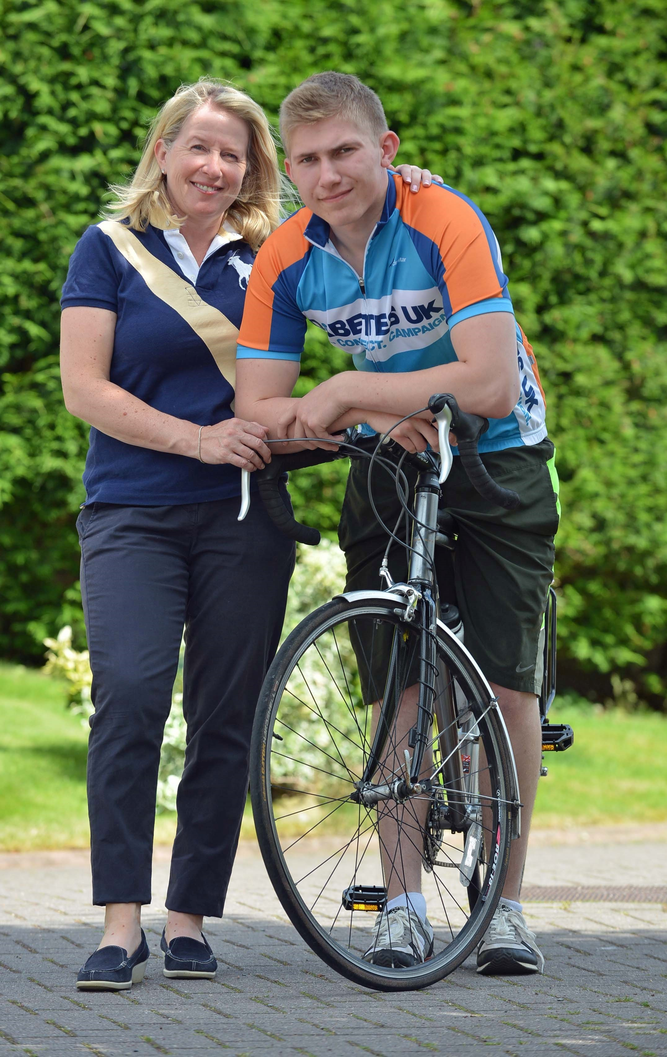 Teenager to tackle 200-mile cycle ride in memory of his dad