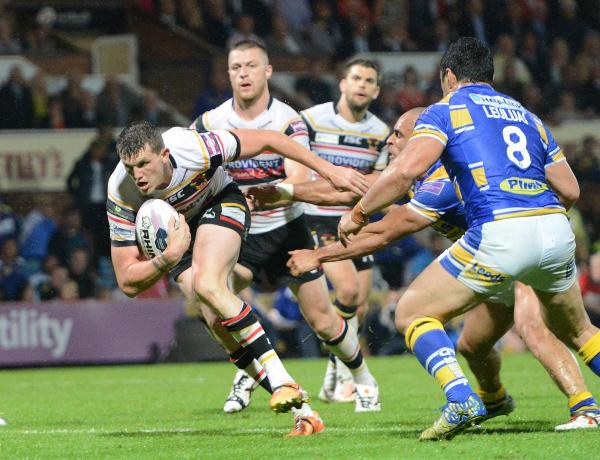 Laughing Gas! Lee on a high as he helps Bradford Bulls fell Leeds Rhinos