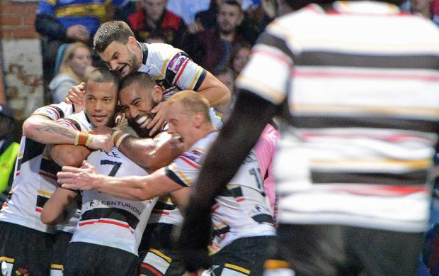 Bulls players celebrate Luke Gale's try but there was even better to come as Lee Gaskell crossed for the match-winner just six minutes from time