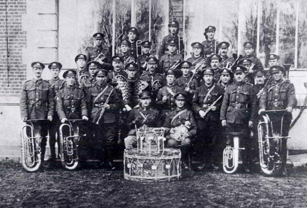 Instrumental role of military bans in First World War