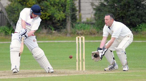 Wicket-keeper Steve Thompson adds experience to Pudsey St Lawrence's line up