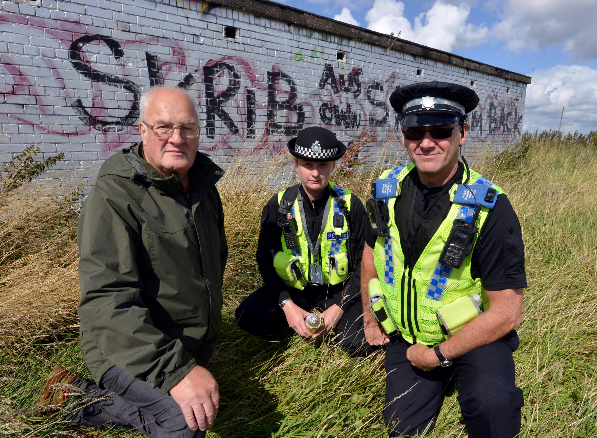 VIDEO: Police hunt graffiti vandal daubing Bradford village in graffiti