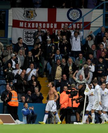 Billy Sharp celebrates after scoring Leeds' late winning goal against Middlesbrough