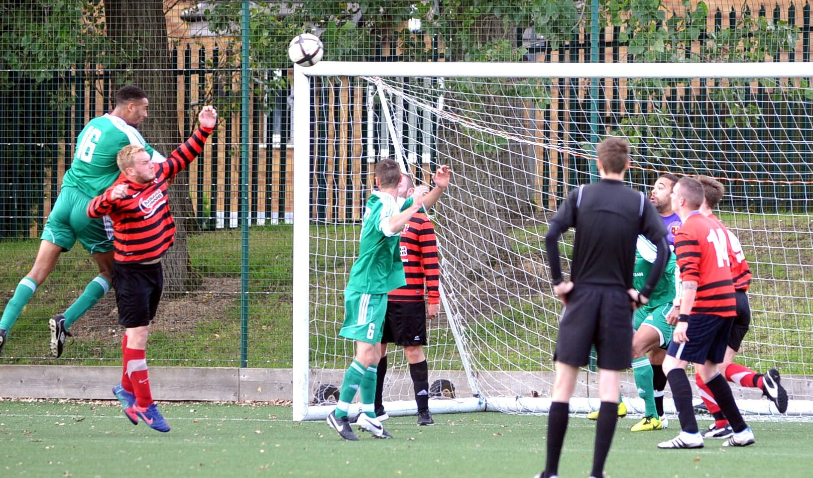 Turner turns the screw as Peel Park score 14
