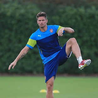 Arsenal's Olivier Giroud picked up an injury in the 2-2 draw against Everton
