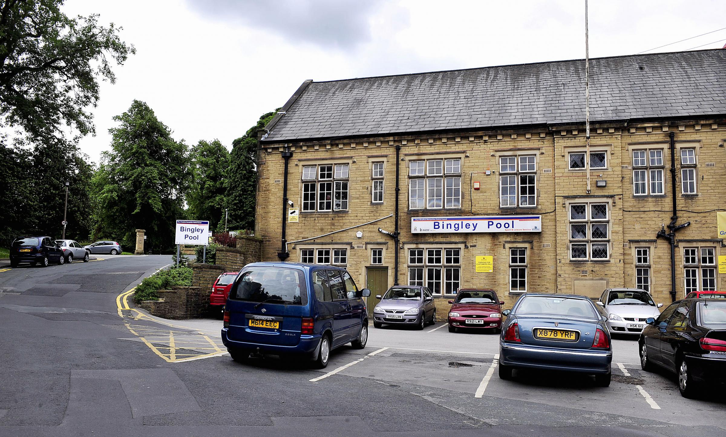 Campaigners issue call to arms to save Bingley's swimming pool