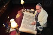 Ken Fabian getting ready for an open day at Bowland Street Synagogue in 2011