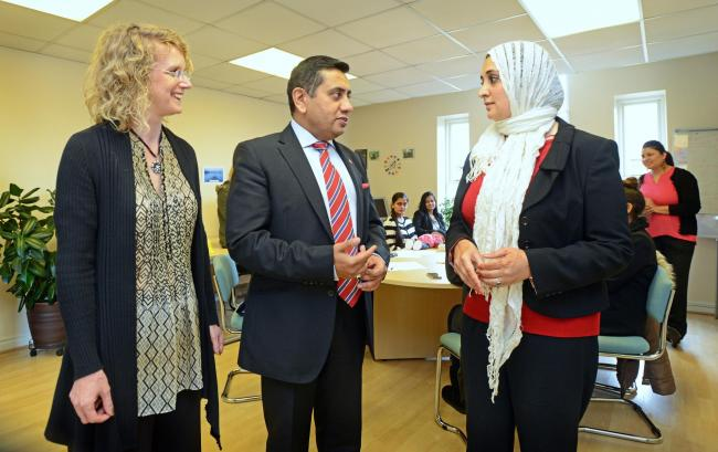 VISIT: Dr Anne Smith, from Faith Action, and Saeeda Ahmed, from Trescom, talk to Lord Ahmad of Wimbledon about the