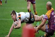 Jake Mullaney dives in for the Bulls' second try at Batley