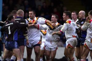 Bulls' clash with derby foes Halifax will be worth the ten-year wait, says Lowes