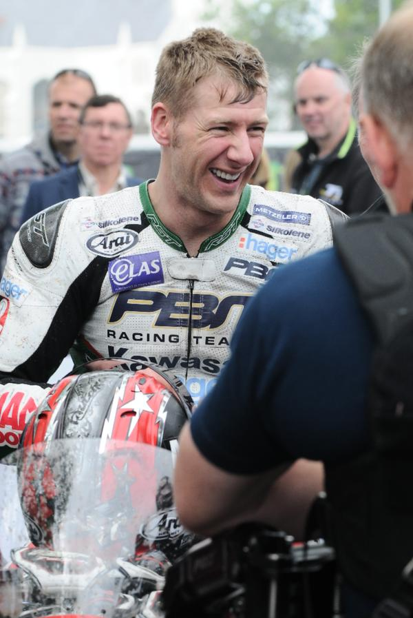 Ian Hutchinson set a new record of 130.924mph in winning the RL 360 Superstock race  Picture: iomtt.com
