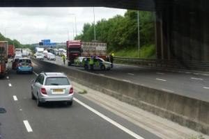 UPDATE: M62 starts to re-open after man falls to death from bridge