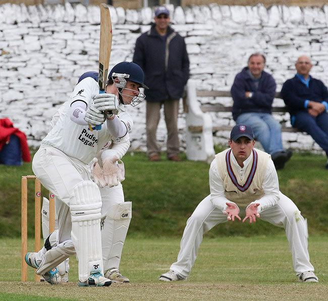Mark Robertshaw played another vital innings for Pudsey St Lawrence Picture: JCT600 Bradford League