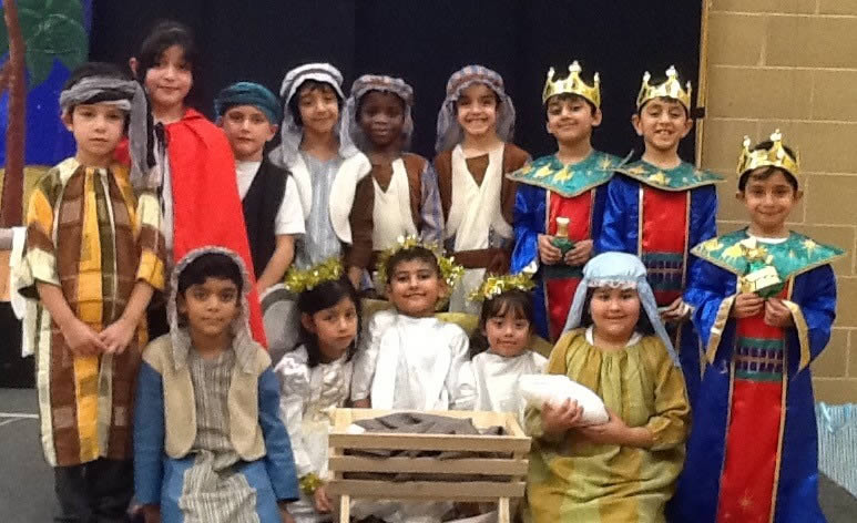 Christmas Plays For Schools.Nativity Pictures See 70 Christmas Play Photographs From