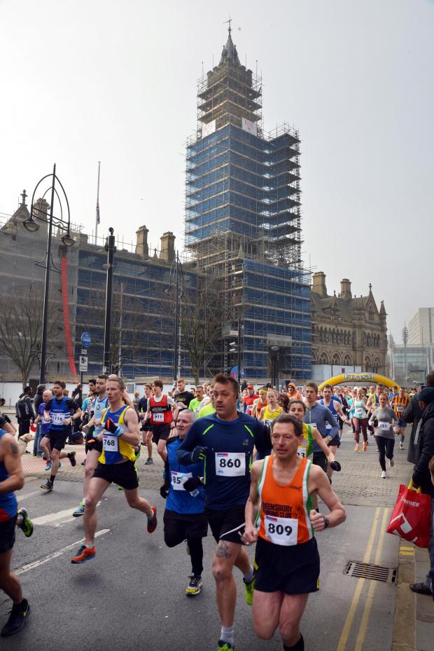 Bradford Telegraph and Argus: Runners set off on the Epilepsy Action Bradford 10k