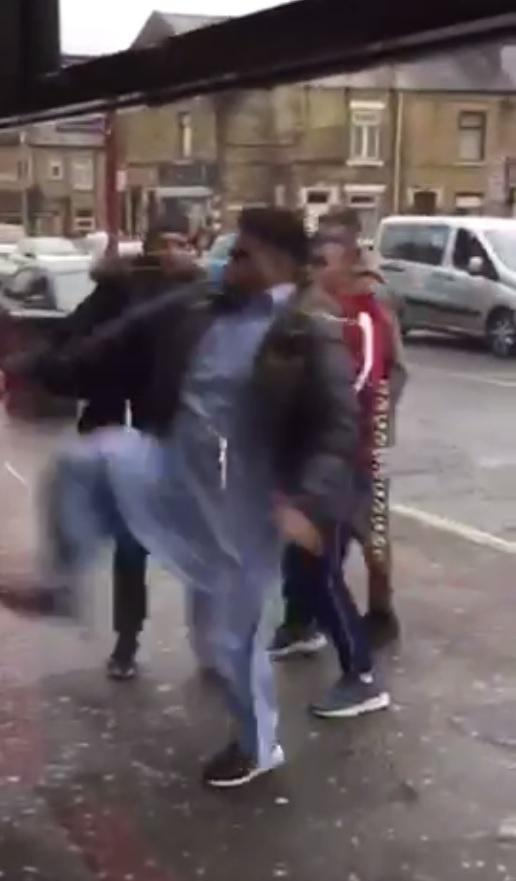 Group sought after hammer attack in killinghall road bradford hand yourselves in police message to people involved in wild west street violence in bradford solutioingenieria Choice Image