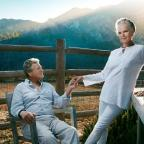 Bradford Telegraph and Argus: Ali MacGraw and Ryan O'Neal star in Love Letters