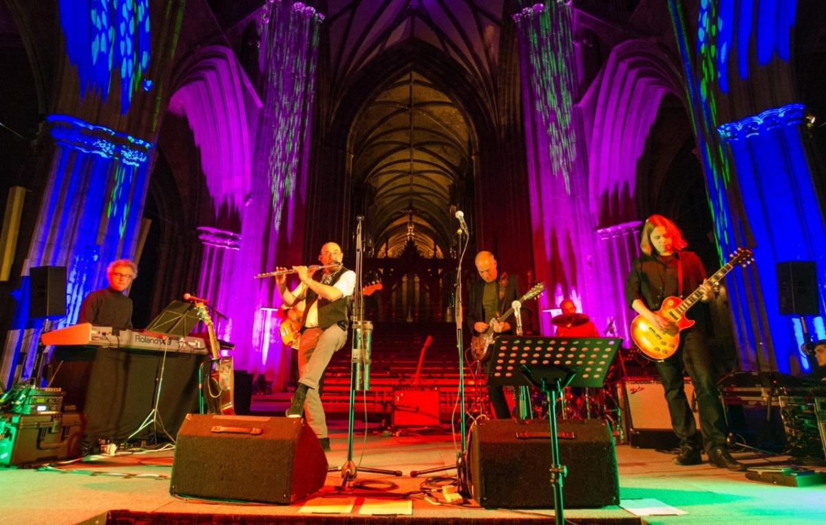 Ian Anderson and Jethro Tull to play festive gig for Bradford ...