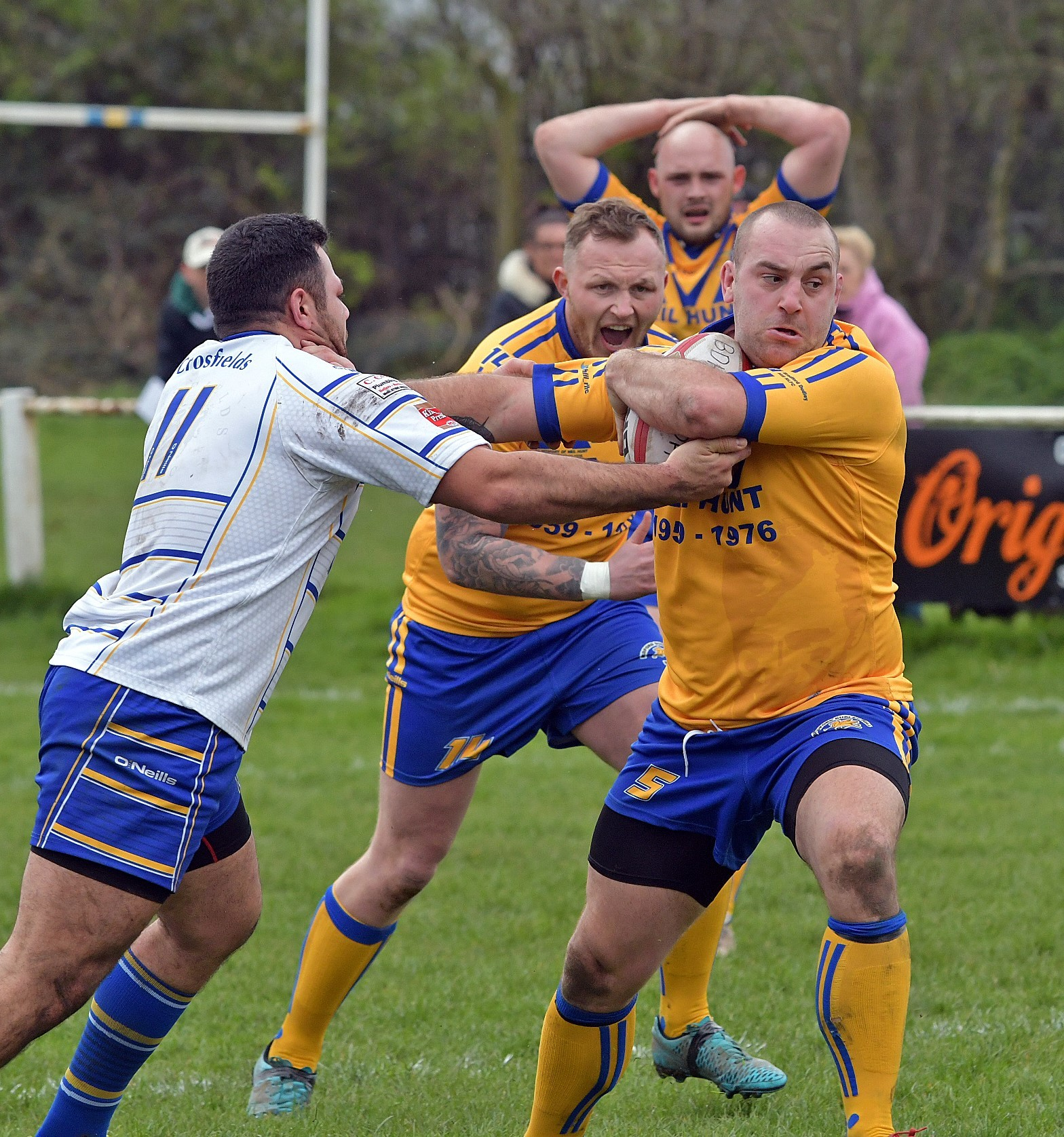 Neil Wall put in an outstanding defensive performance as Bradford Dudley Hill beat Skirlaugh last weekend