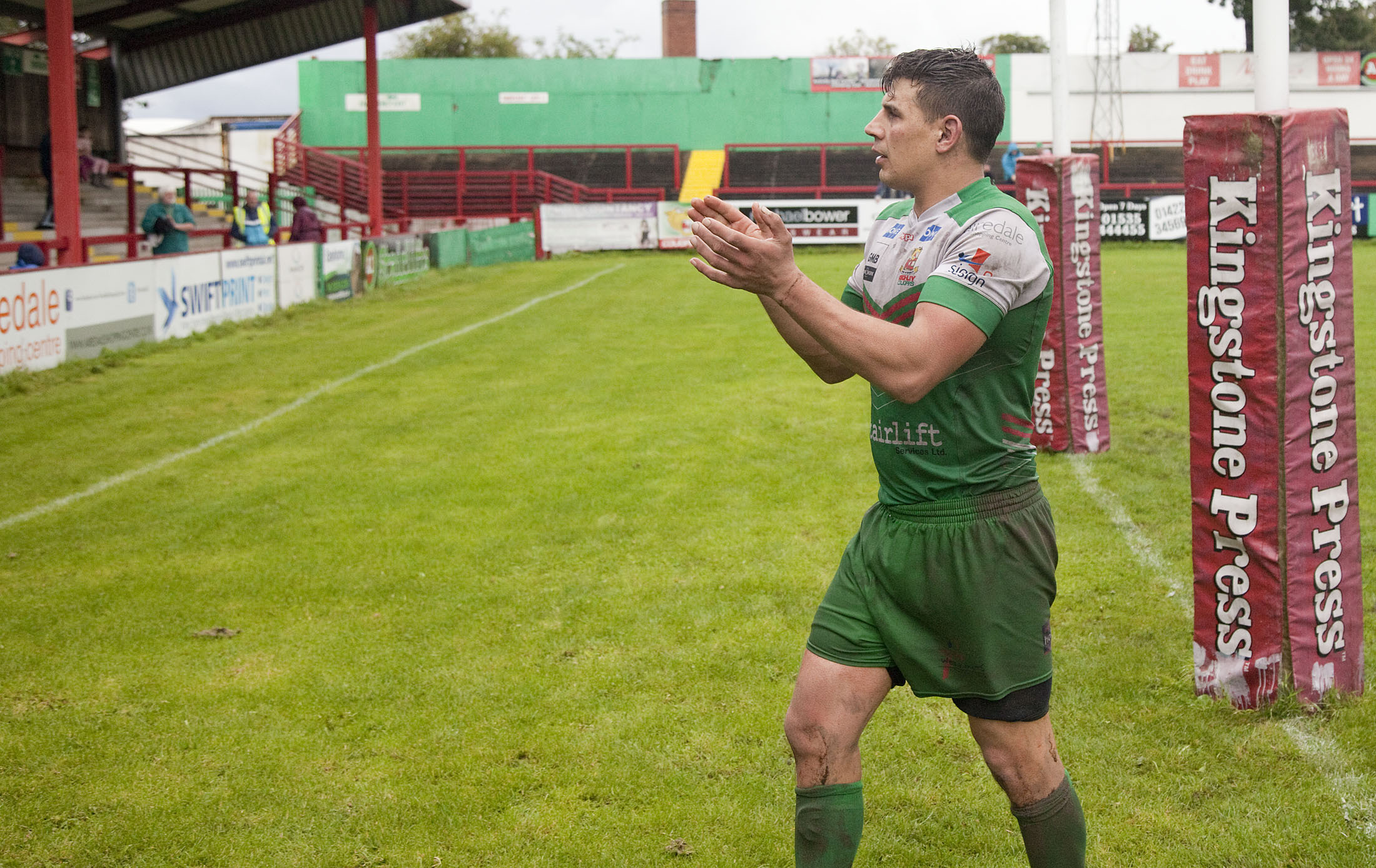 James Feather applauds the Cougar Park faithful in his last home game before retiring and moving into a coaching role with Keighley