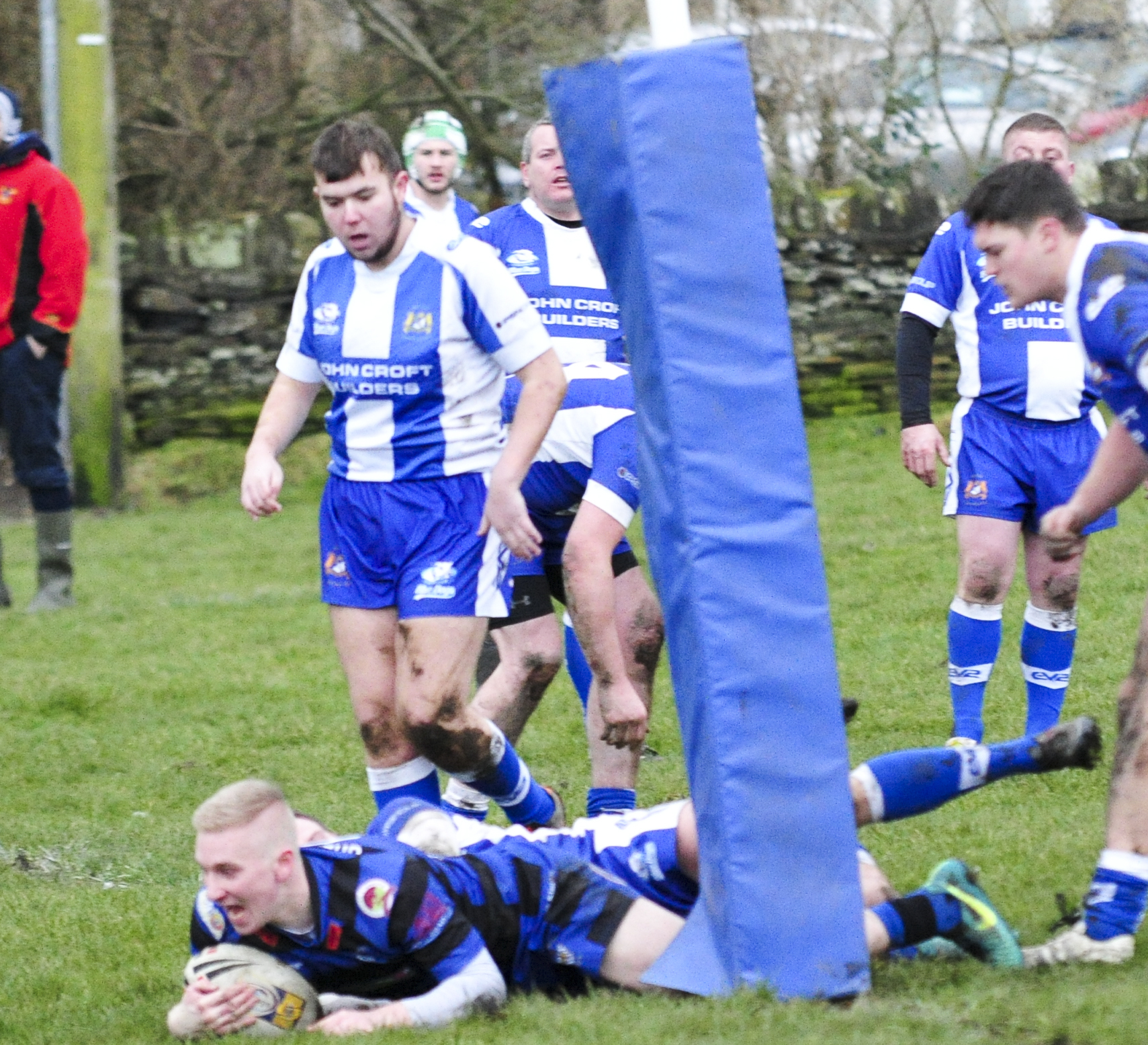 Queensbury, pictured scoring a try in their derby win over Birkenshaw,are in good form ahead of their BARLA National Cup clash with Wyke       Picture: Chris Hyslop