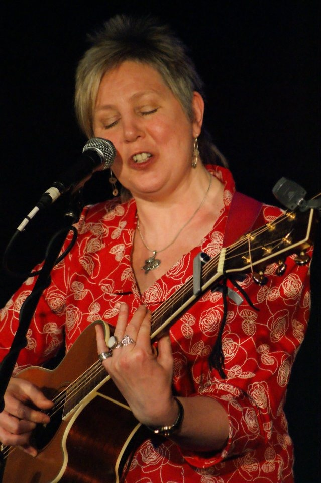 Janet Russell at The Topic Folk Club