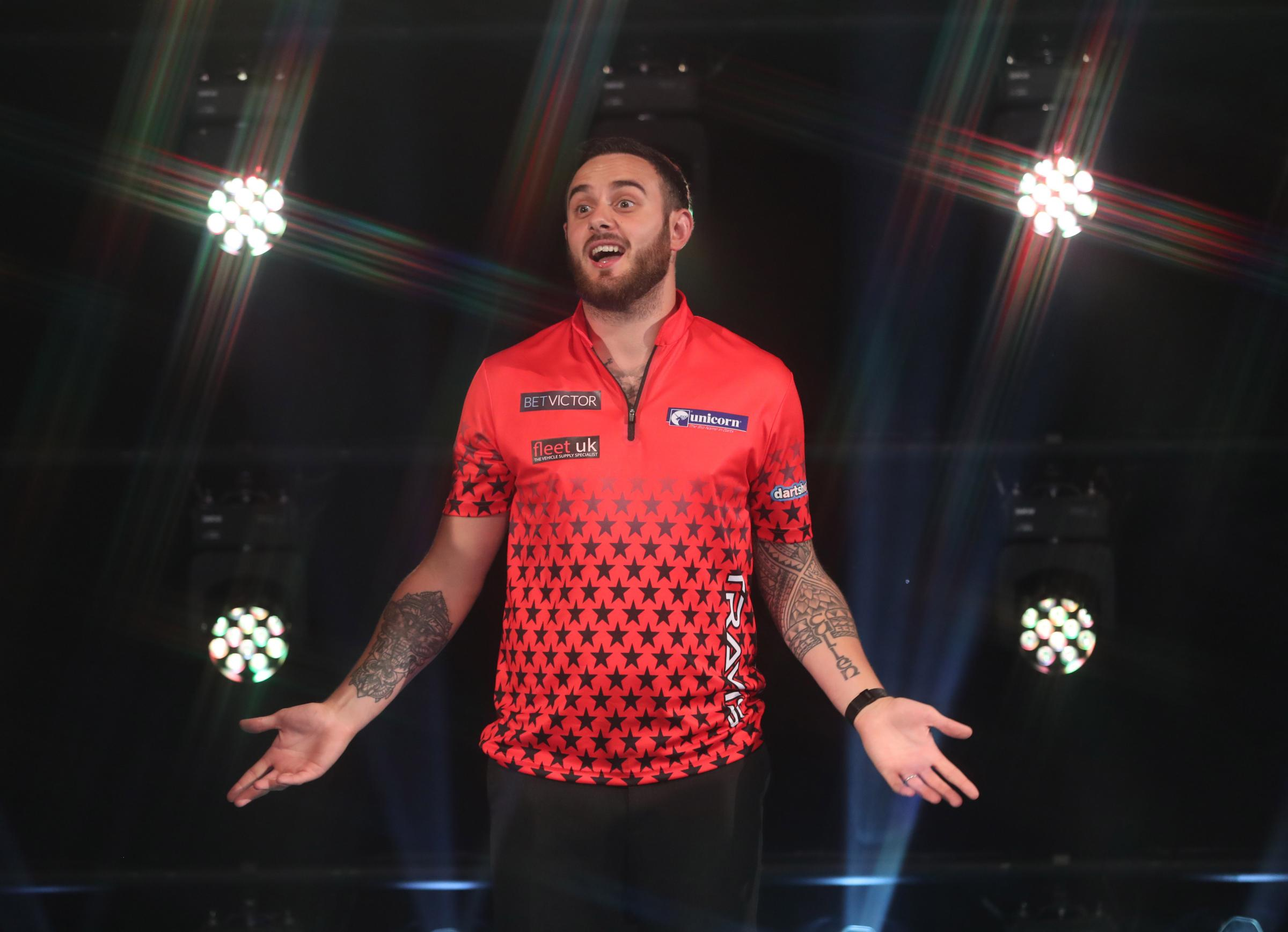 BET VICTOR WORLD MATCHPLAY 2018.WINTER GARDENS,.BLACKPOOL.PIC;LAWRENCE LUSTIG.ROUND1.JOE CULLEN V GERWYN PRICE.JOE CULLEN IN ACTION.