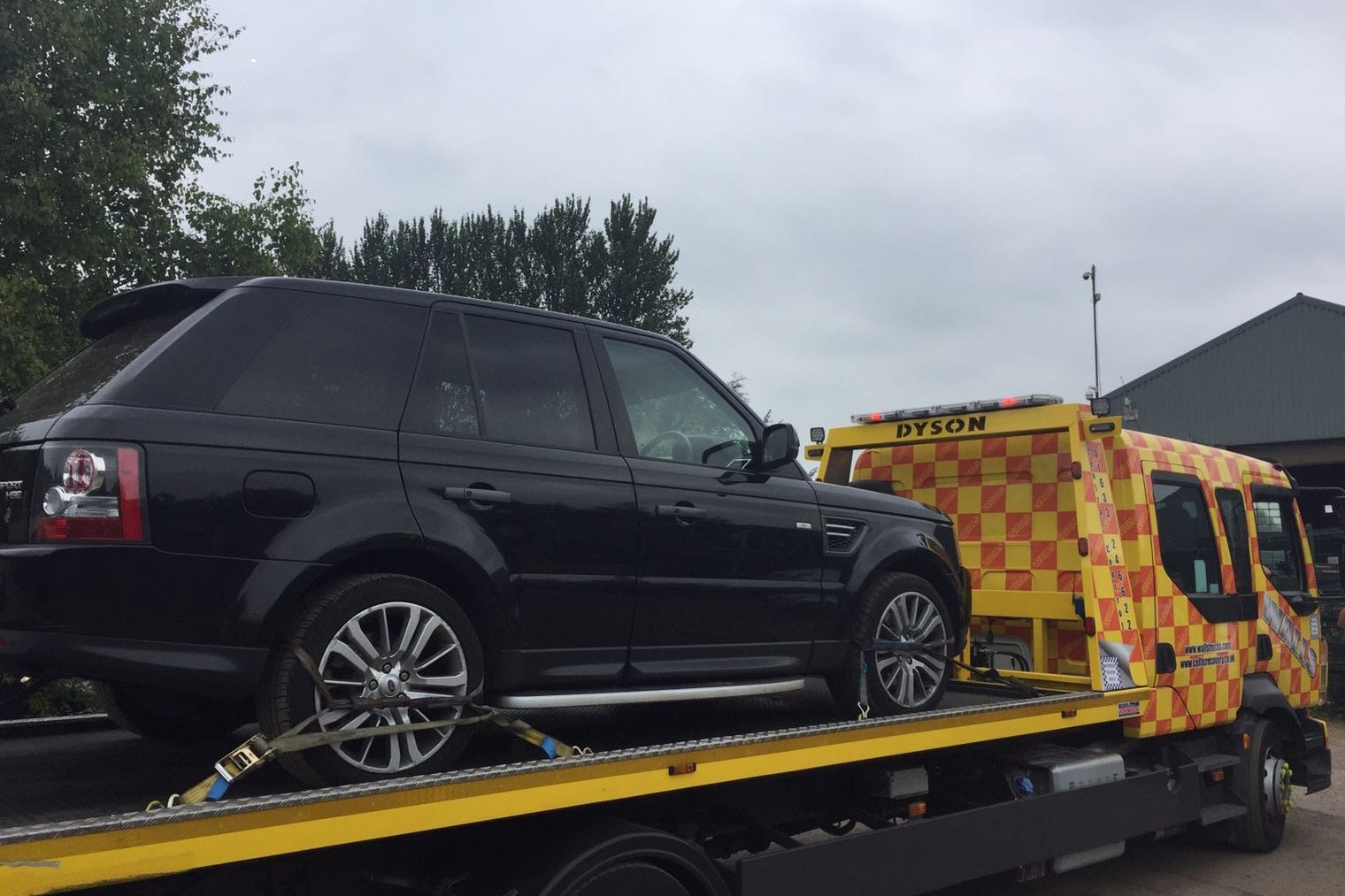 Gang jailed for stolen Land Rover conspiracy