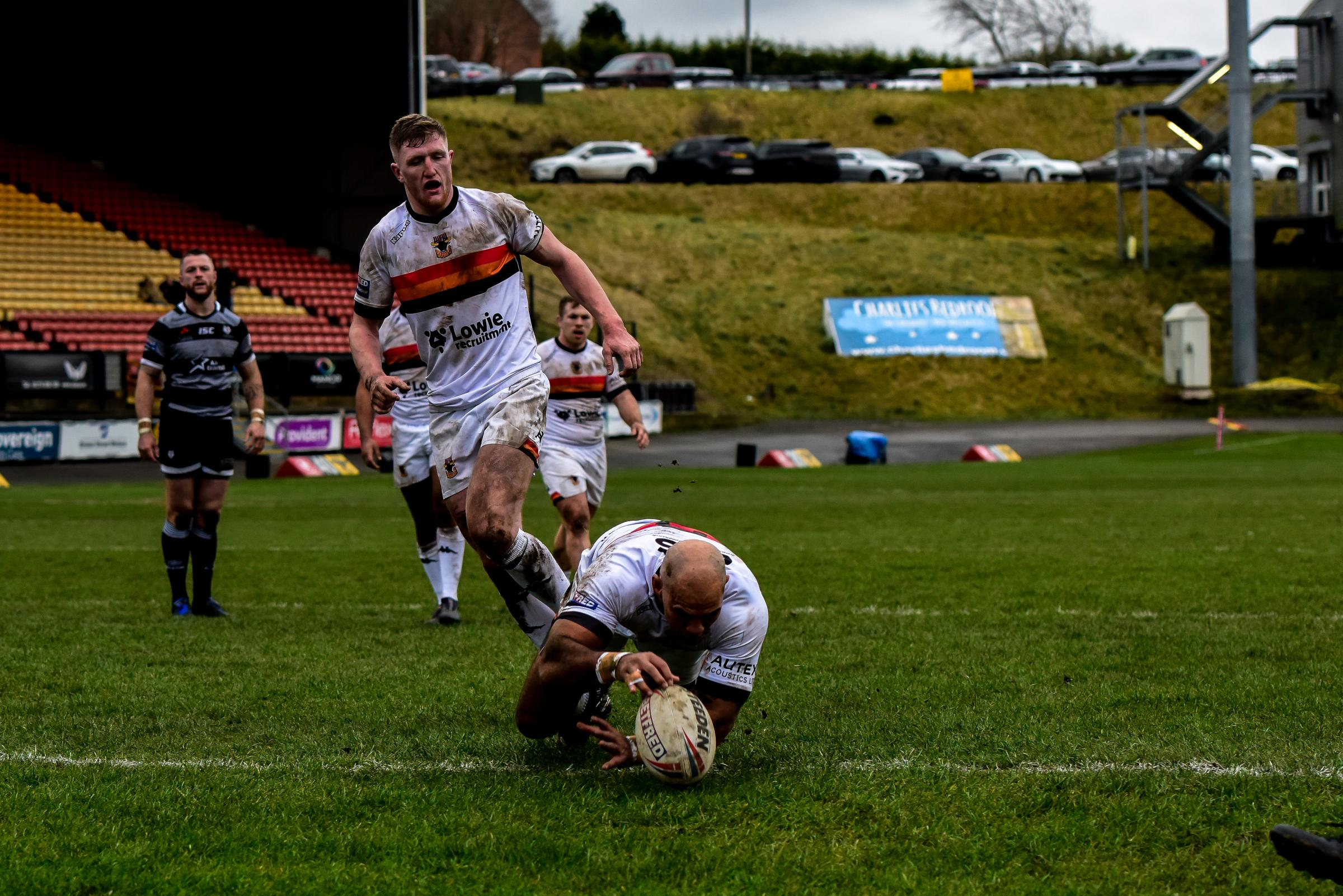 Jake Webster goes over for a try in Bulls' defeat to Toronto   Picture: Tom Pearson