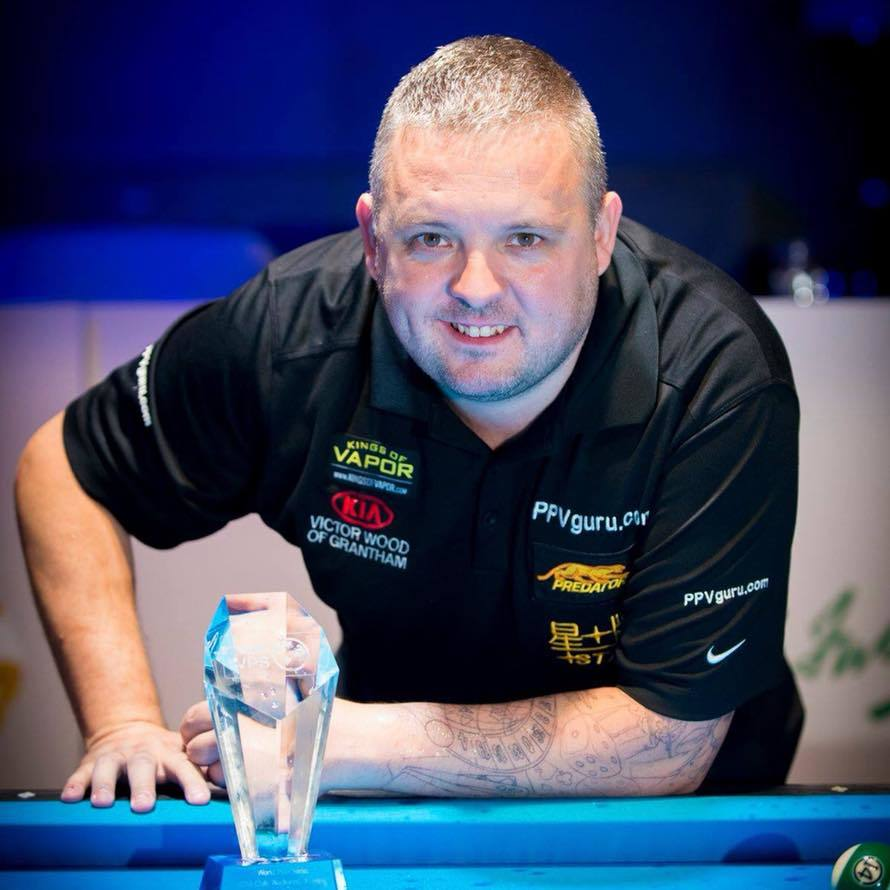 Chris Melling celebrates in Romania with his World Pool Series 8-Ball Classic Championship trophy Picture: A Ivanov - WPS 2018