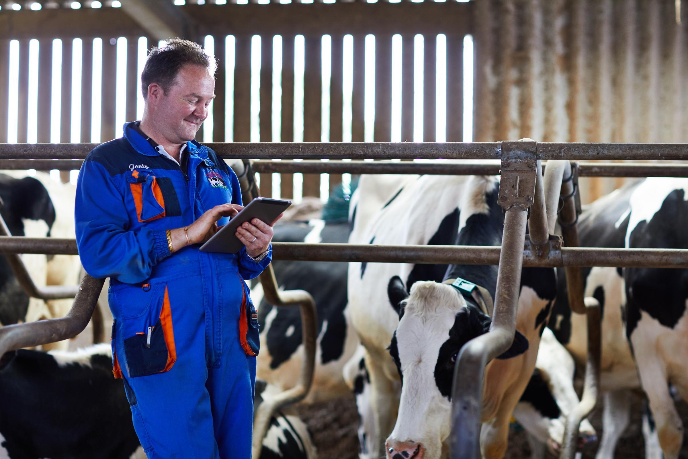 Oakworth farmer Jonathan Sharp becomes 'green ambassador'