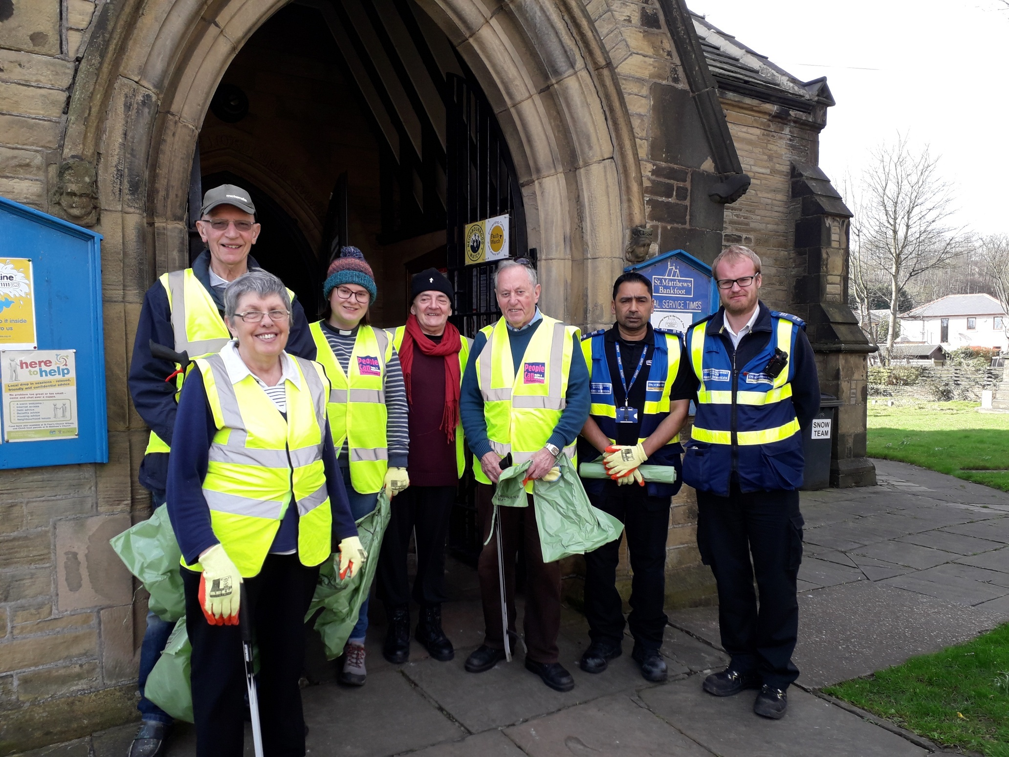Bankfoot grotspot tackled as part of Great Bradford Spring Clean