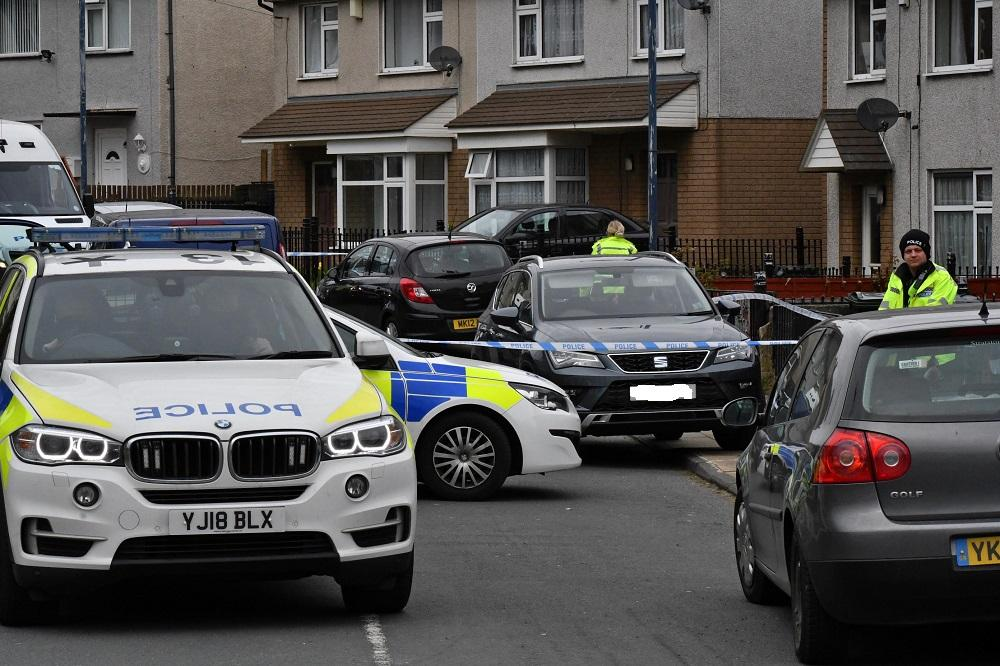 Man suffers serious injuries after he is shot in Holme Wood