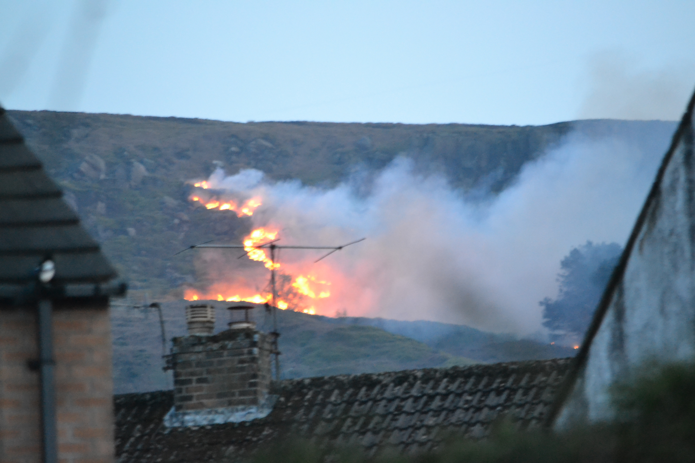 'Dangerous' Ilkley Moor to be cordoned off as 70 firefighters remain at scene