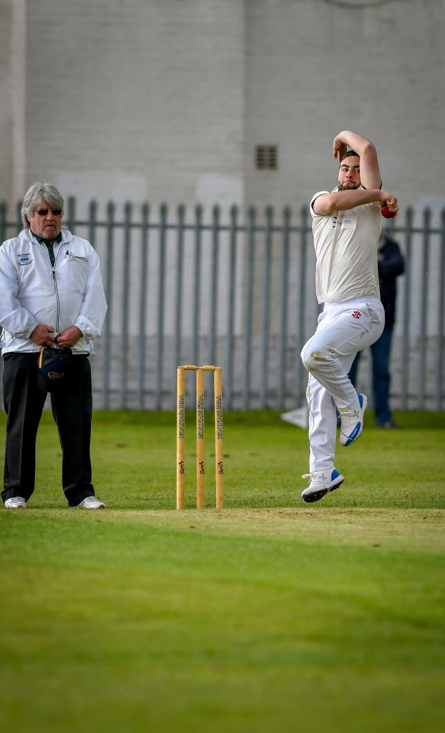 Cowling's Liam Foulkes took 4-8 in his side's abandoned clash with Foulridge