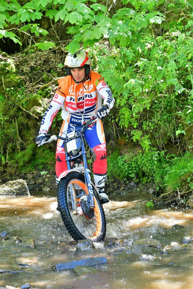Cross Roads' Phil Disney was the top expert at the Novice and Beginners event in Glusburn. Picture: Barry Robinson.