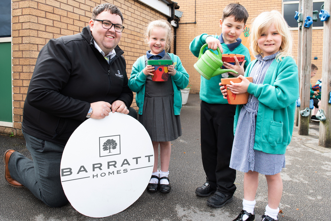 Bradford school joins with housebuilder to celebrate spring