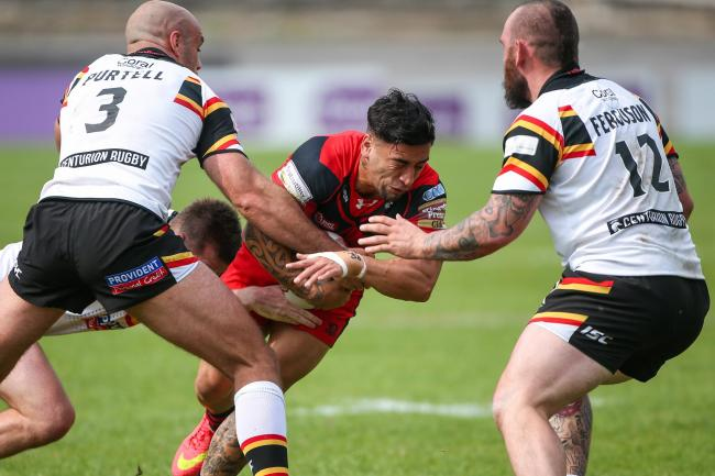 Rangi Chase, pictured in action for Salford against Bulls back in 2015, is returning to the game with Doncaster   Picture by Alex Whitehead/SWpix.com