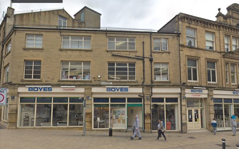 Former Boyes building on Bradford's North Parade is sold at auction for £225k