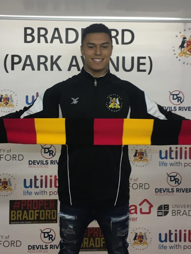 Former Bradford City stopper Alex Laird has signed for Bradford (Park Avenue).