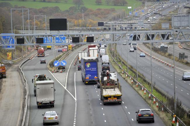 TRAFFIC LATEST : M62 Eastbound will be closed this morning after fire